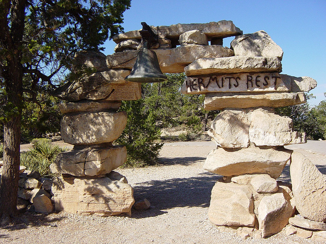 Grand Canyon: Hermits Rest Arch and Bell