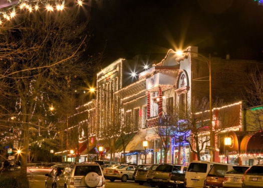 Ashland decorated in Christmas lights
