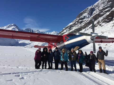 Alaska sightseeing plane and SLV travelers