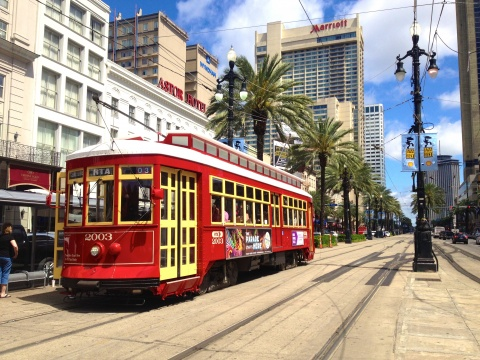New Orleans streetcar by Didier Moïse
