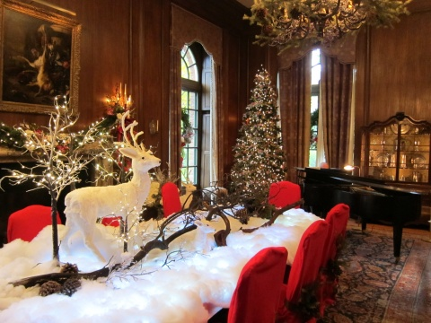 Inside Filoli mansion with Christmas decorations